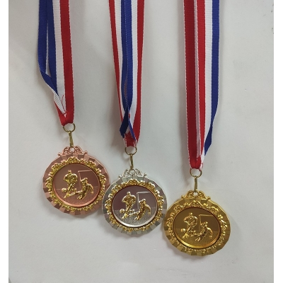 3 Pieces Soccer Ball Medal Souvenir for Football Fans
